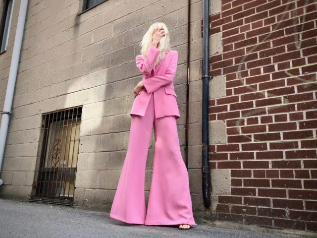 Nastassja Bolivar Red Carpet Pink Suit That's Hot!