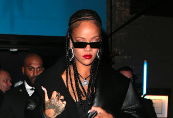 Rihanna, Her Fab Jewels by Loree Rodkin