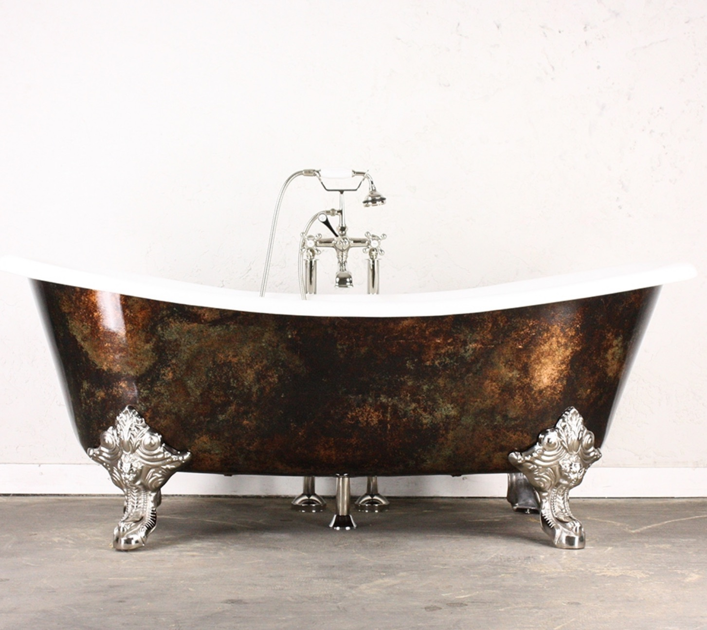 The Alexander Cast Iron French Bateau Clawfoot Tub We Adore