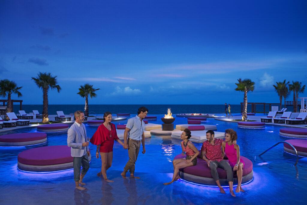 SECUN-Pool-Friends-Night-4-RGB