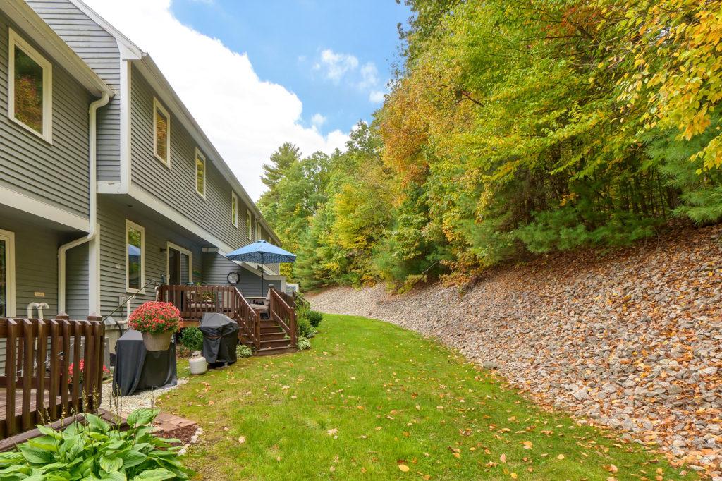 40 Country Hill Lane, Haverhill, Massachusetts