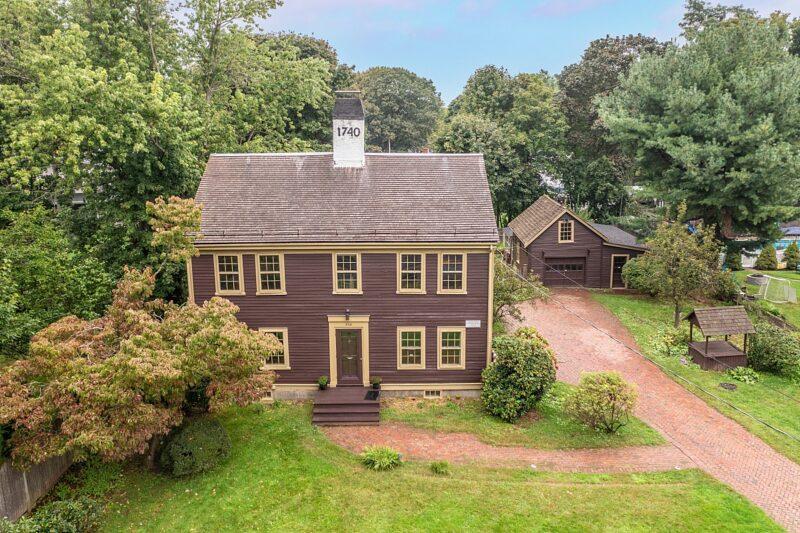 938 Salem St Lynnfield, MA Home For Sale