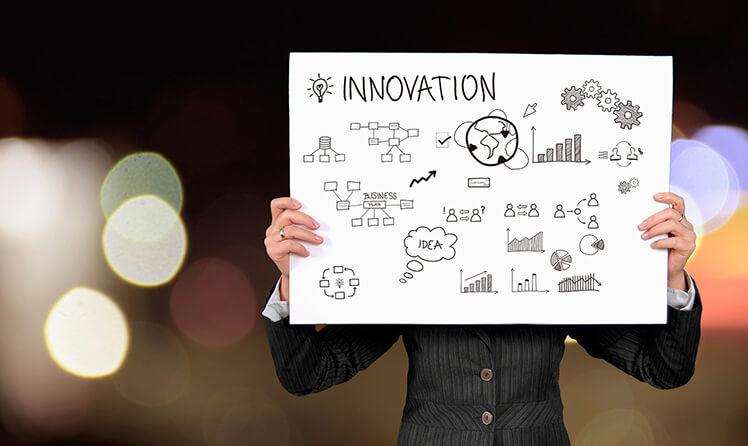 O Lean Six Sigma promove a inventividade no trabalho, a autonomia dos colaboradores e a busca da perfeição, características fundamentais para estimular a inovação.