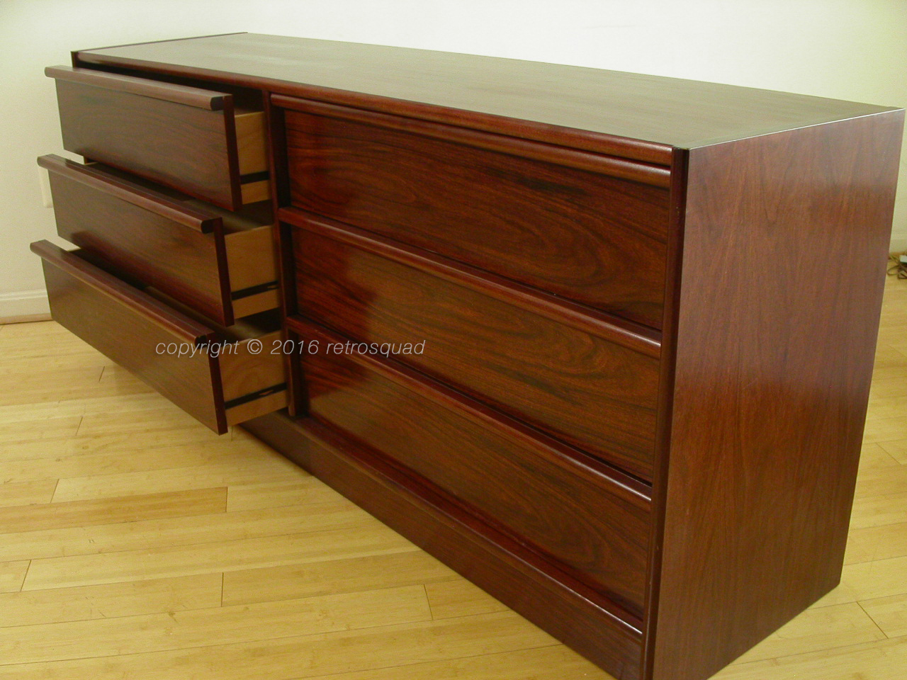 2pc Danish Modern Rosewood Bedroom Suite Gentleman's Chest and Dresser
