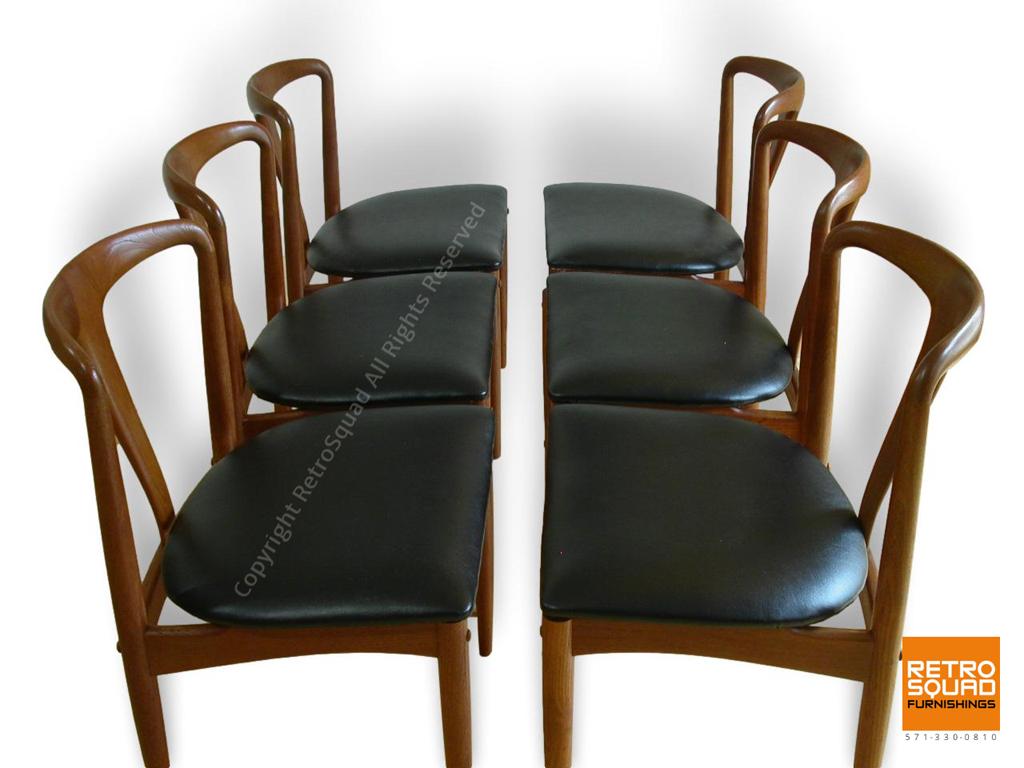 Sculpted-Teak-Juliane-Dining-Chairs-by-Johannes-Andersen-for-Uldum-08