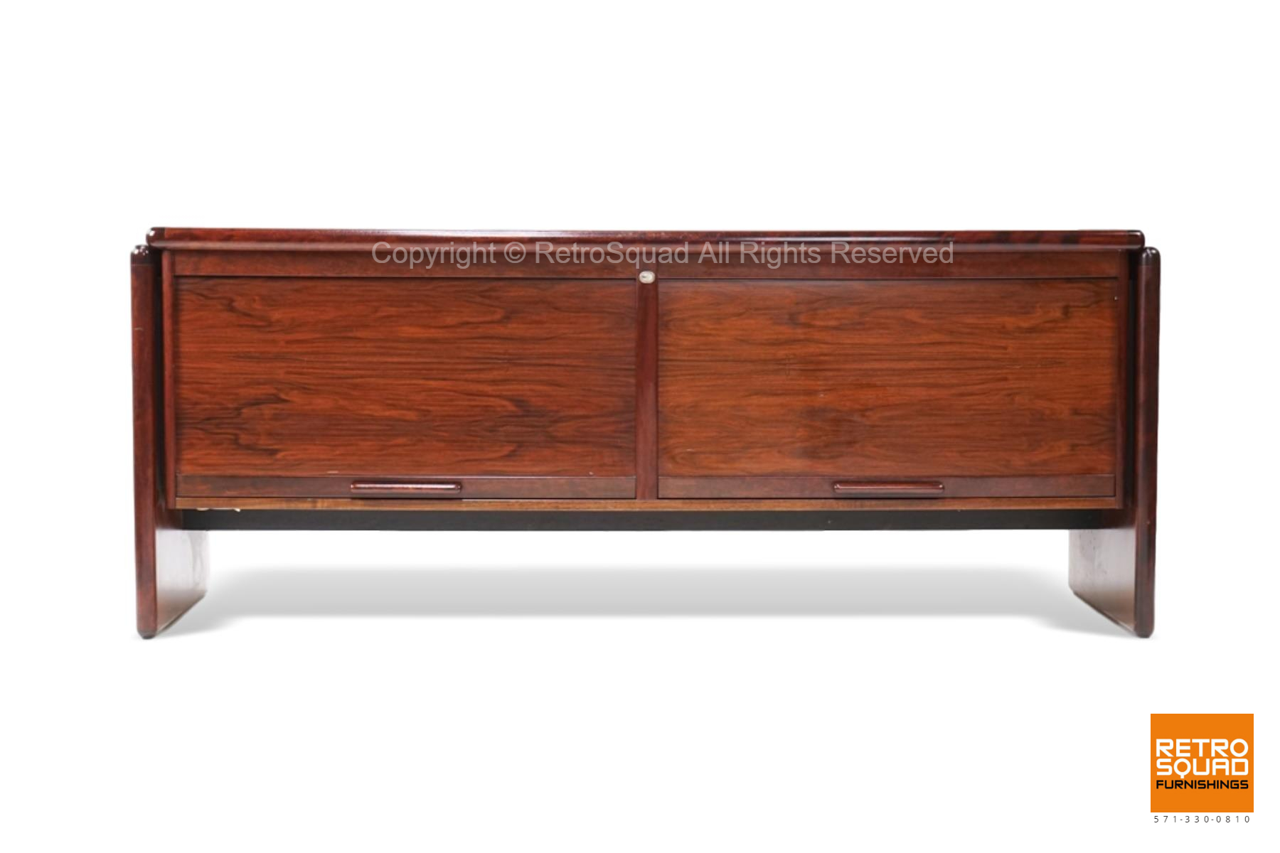 7222-Long-Danish-Modern-Brazilian-Rosewood-Credenza-from-Dyrlund-02