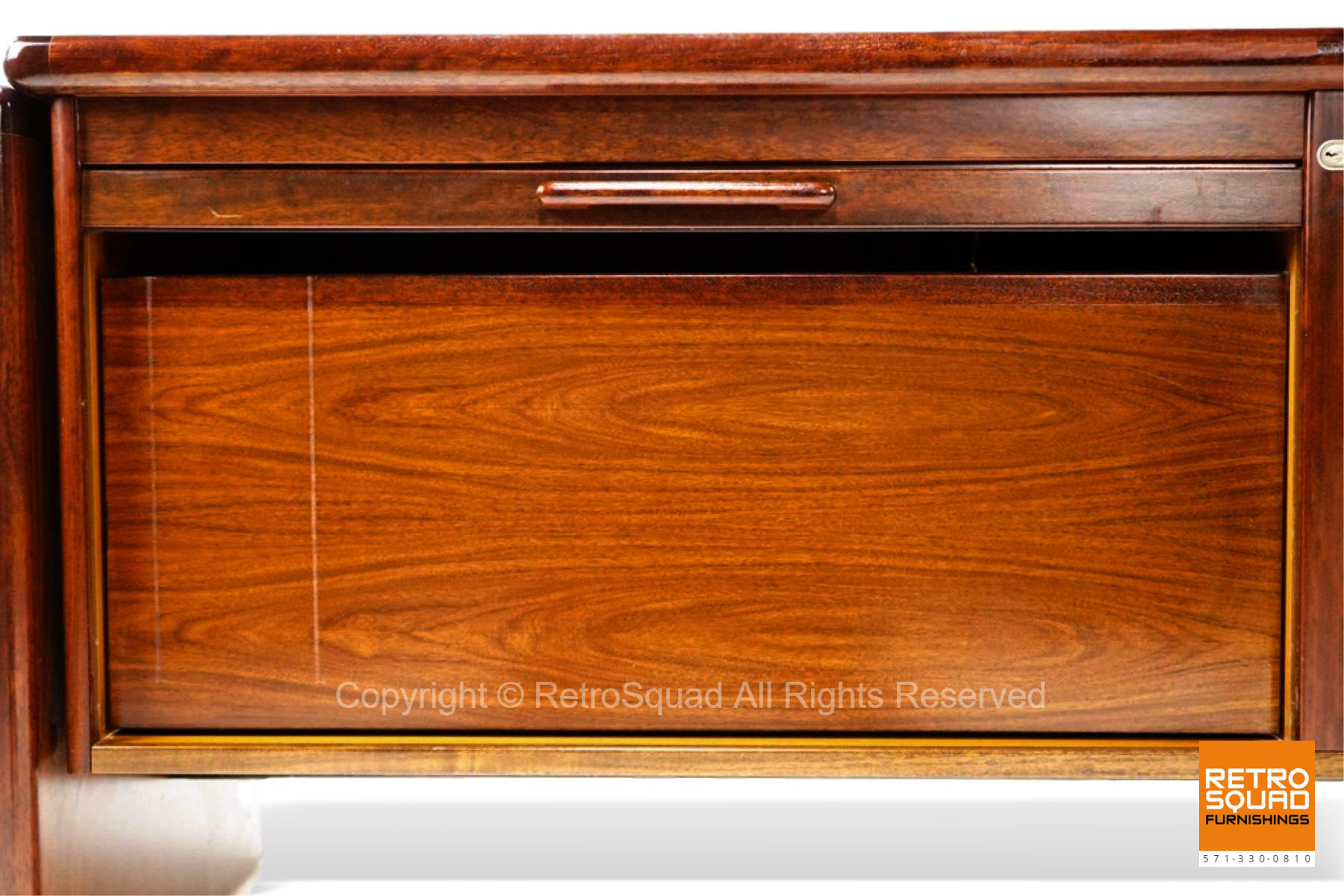 7222-Long-Danish-Modern-Brazilian-Rosewood-Credenza-from-Dyrlund-09
