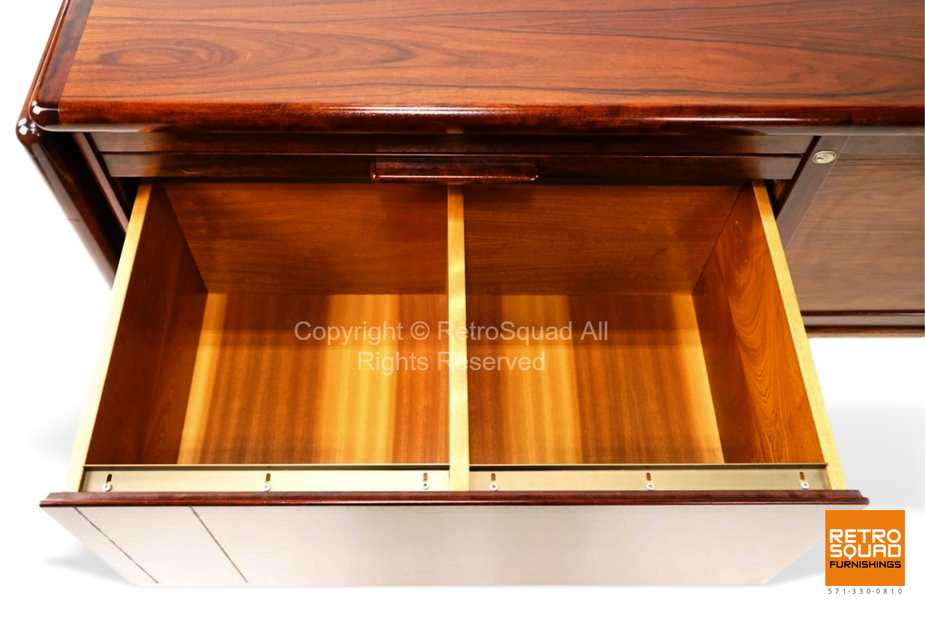 7222-Long-Danish-Modern-Brazilian-Rosewood-Credenza-from-Dyrlund-10