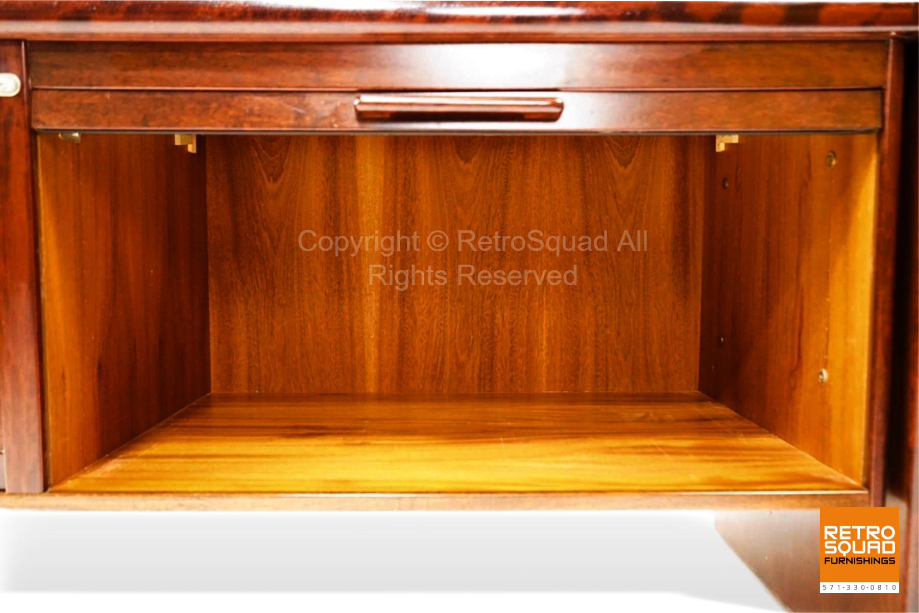 7222-Long-Danish-Modern-Brazilian-Rosewood-Credenza-from-Dyrlund-11