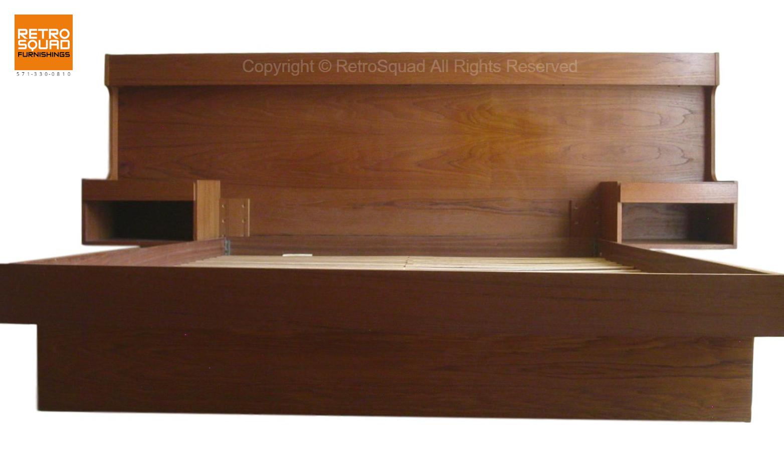 Danish-Modern-QUEEN-Size-Teak-Platform-Bed-With-Nightstands-Lighted-Headboard-from-Sannemanns-of-Denmark-05
