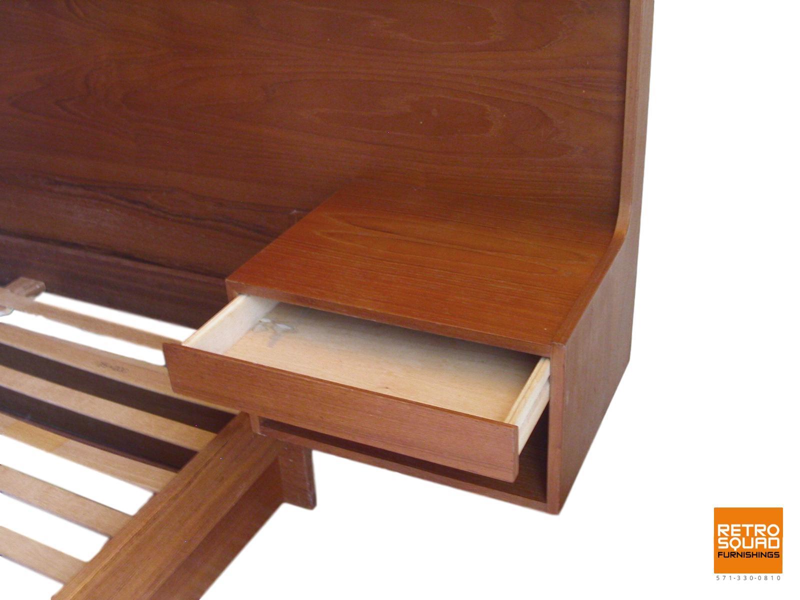 Danish-Modern-QUEEN-Size-Teak-Platform-Bed-With-Nightstands-Lighted-Headboard-from-Sannemanns-of-Denmark-09