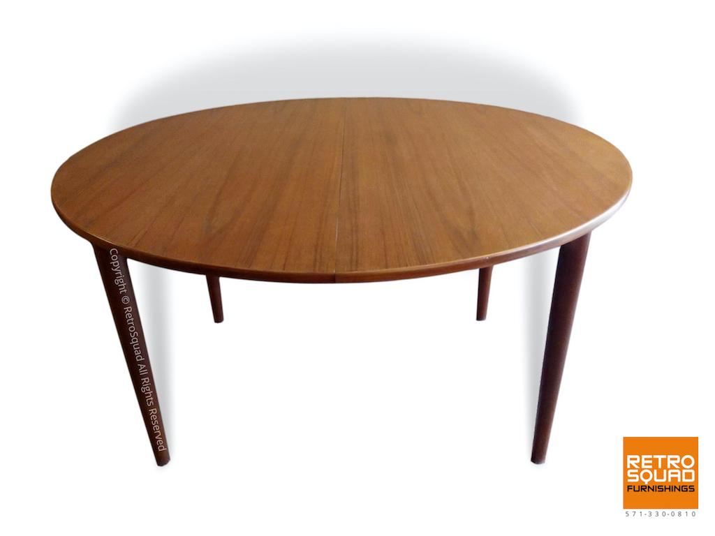 Teak-Danish-Modern-Dining-Table-09