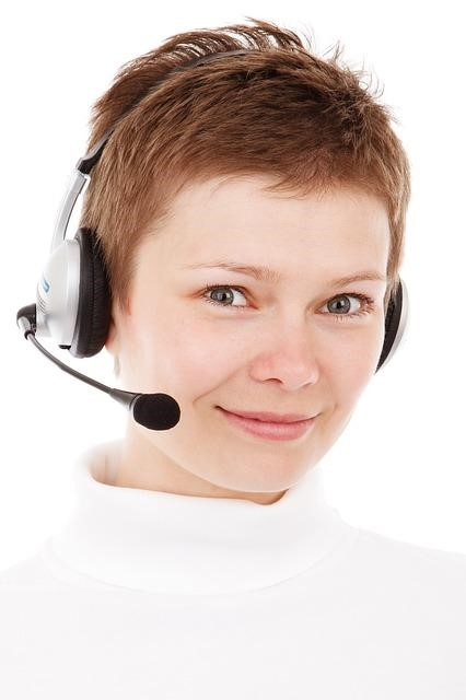 4 Questions to Ask Yourself before Considering Call Center Outsourcing