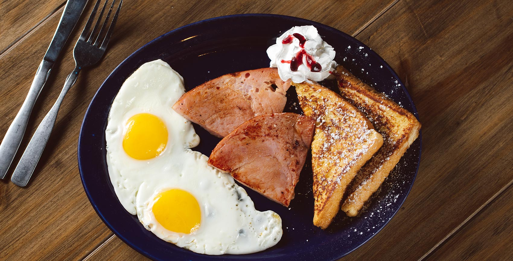 best-breakfast-st-pete-4th-street-st-pete-tampa-area-eggs-bacon-coffee-restaurant