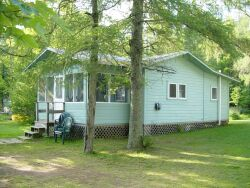 461_WhisperingPines_cottage4