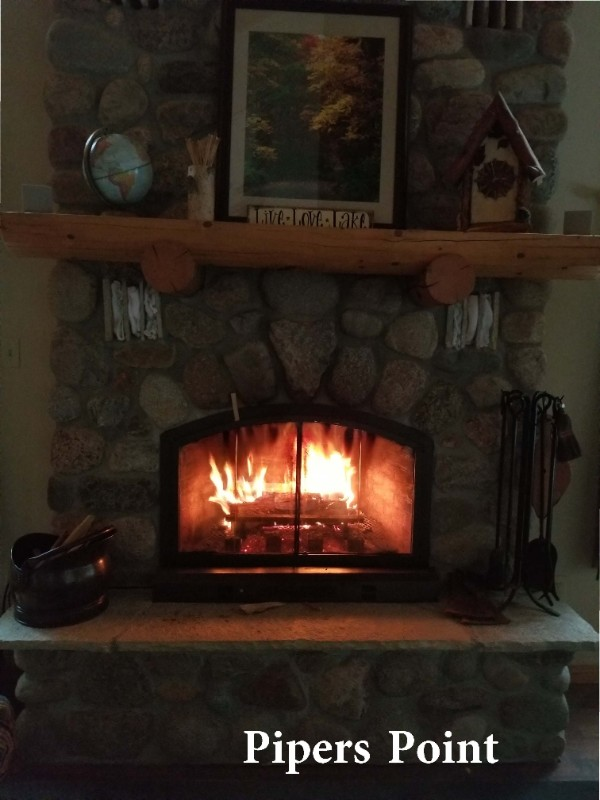 Pipers-Point-Fire-Place