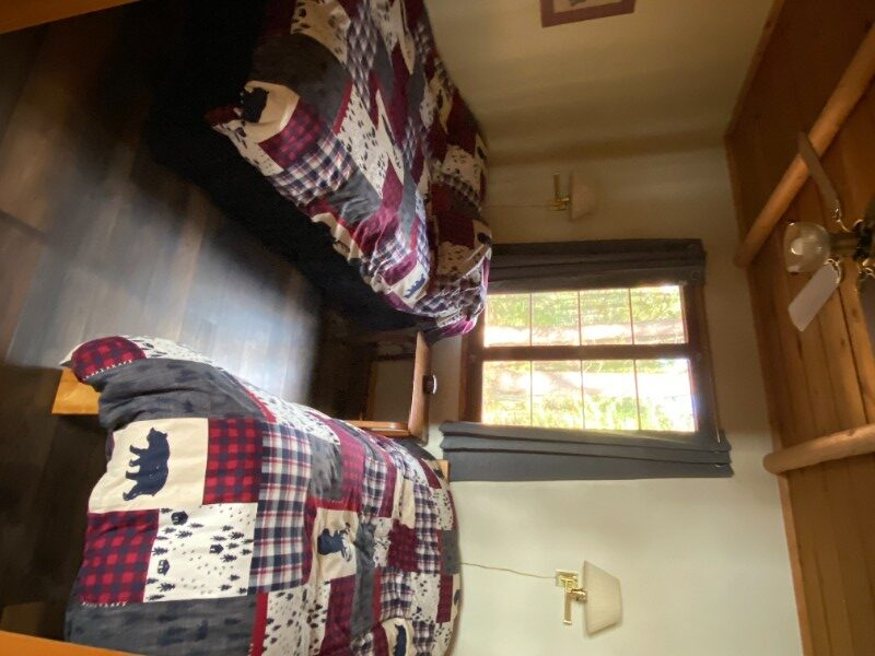 Reed-Road-Retreat-Bedroom