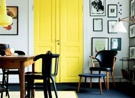 decorating-with-yellow-yellow-door