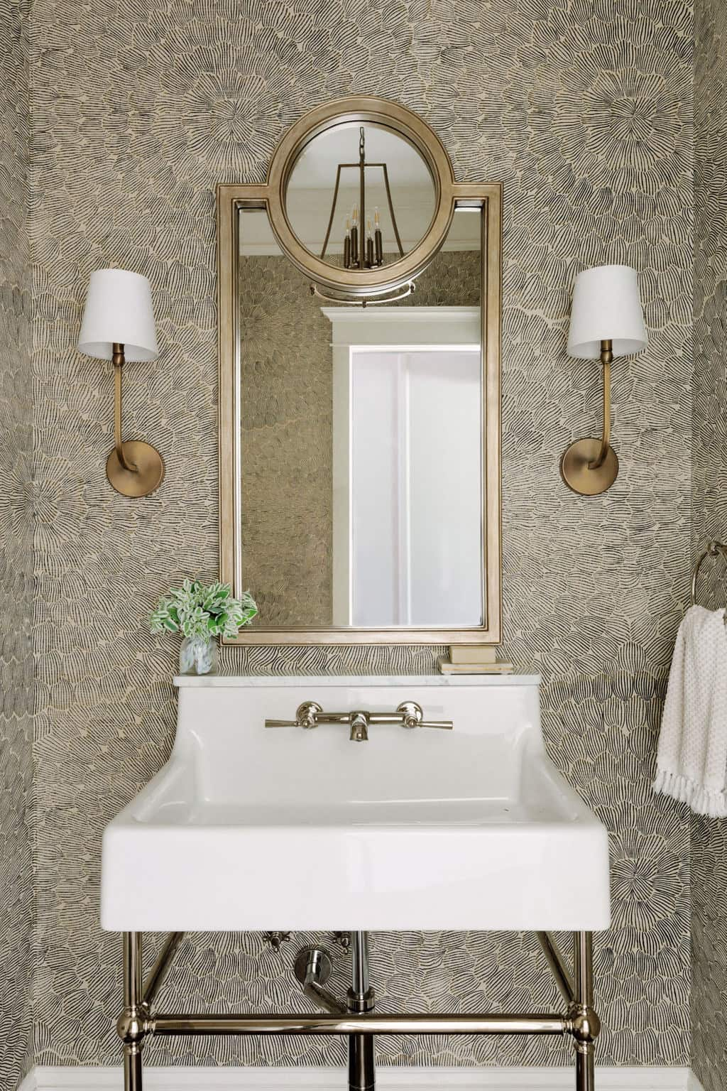 sophisticated+powder+room+centered+by+design55