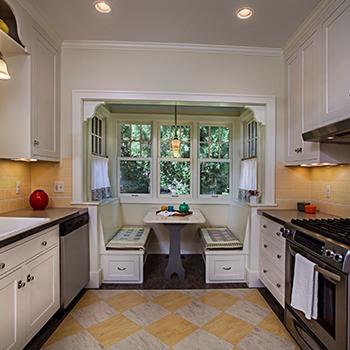 Sycamore kitchen nook
