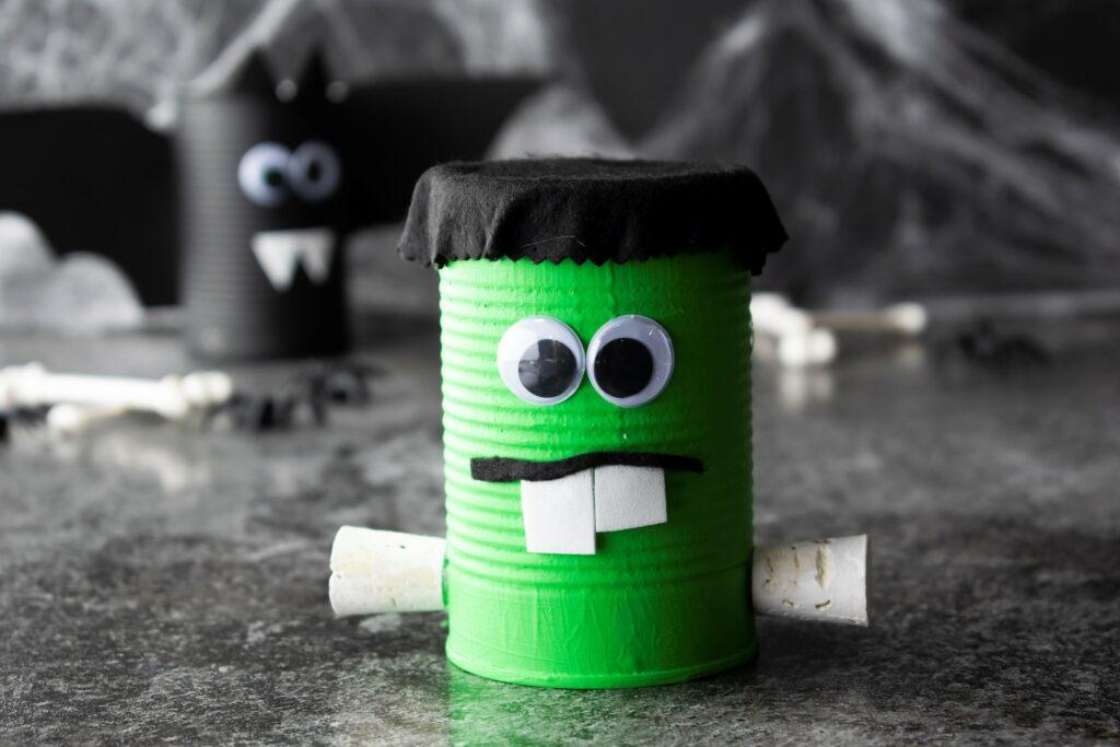 Halloween Green Spooky Can