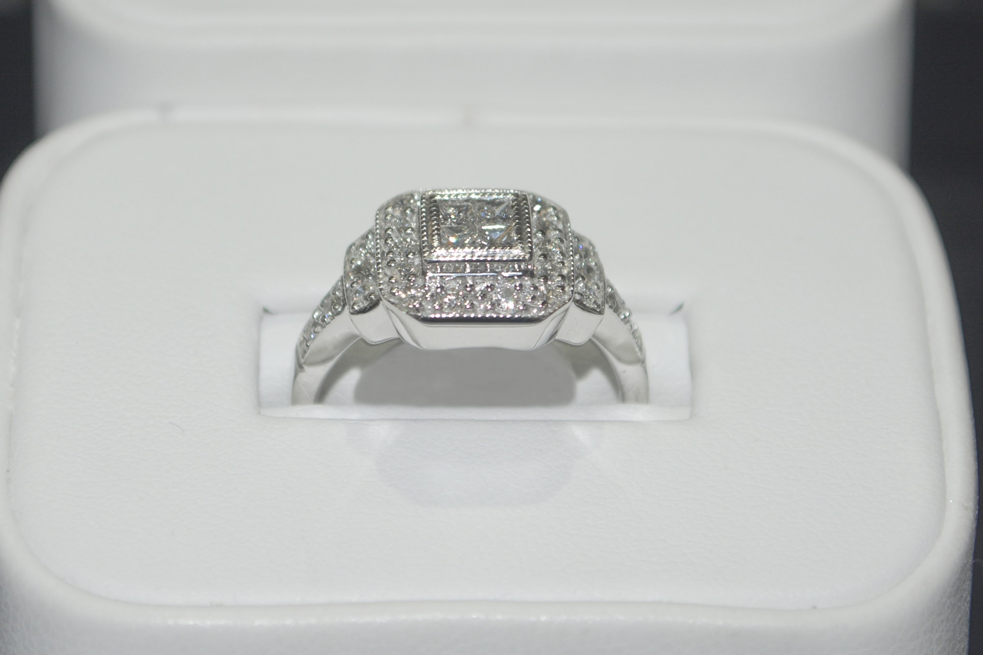 Christmas Shopping At Crowne Jewelers: Silver, Gold, Diamonds & More!