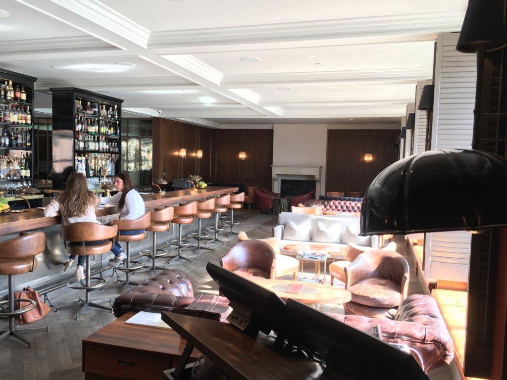 Restaurant entry and bar