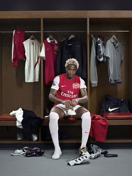 Alex Song Arsenal's New Kit