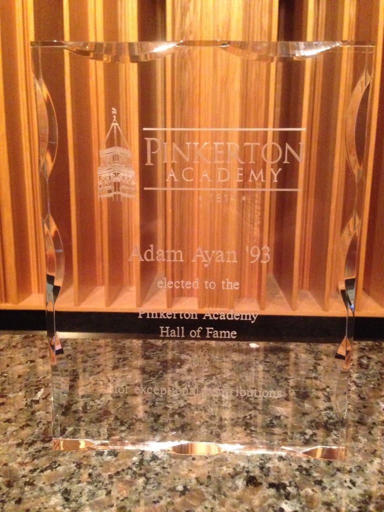 pinkerton-hof-plaque