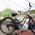 toymaker_fixing_bicycle2