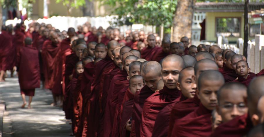 monks-eating-inpost