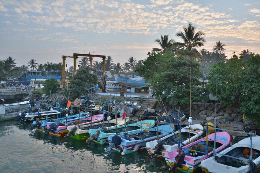 Sunrise in Mirissa's harbor.