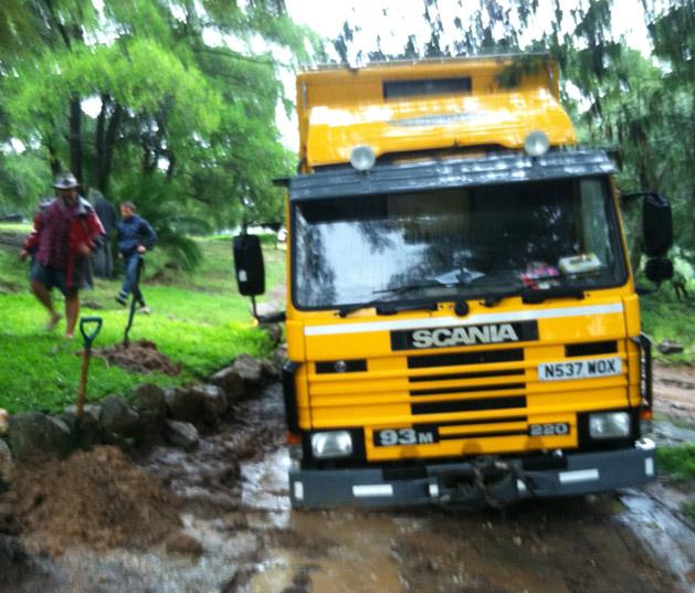 stuck-truck-front