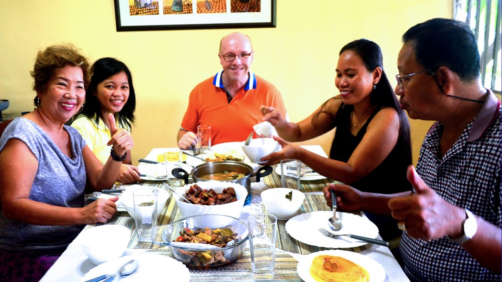 eat-with-locals-manila-b