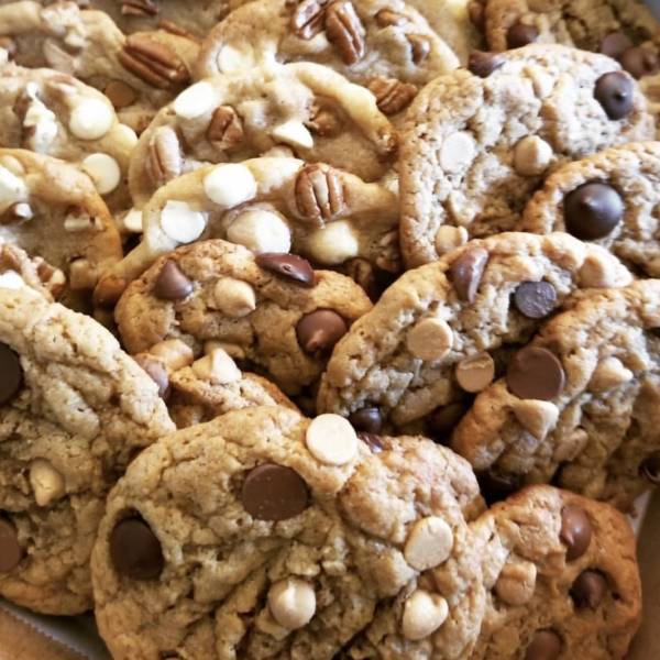 Nette's(white chocolate, cinnamon chips, walnuts, pecans, and macadamia nuts) and Old Fashioned Peanut Butter with chocolate and peanut butter chips