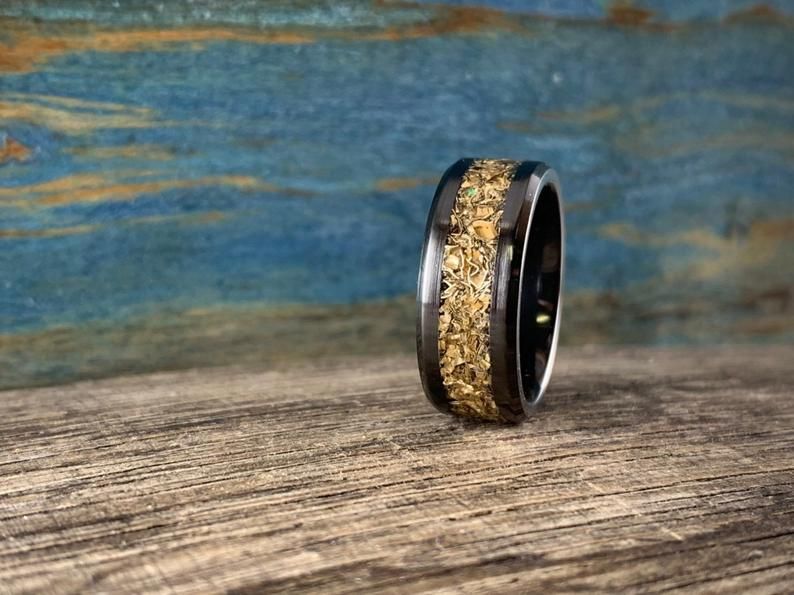 Black ceramic and 14K yellow gold ring
