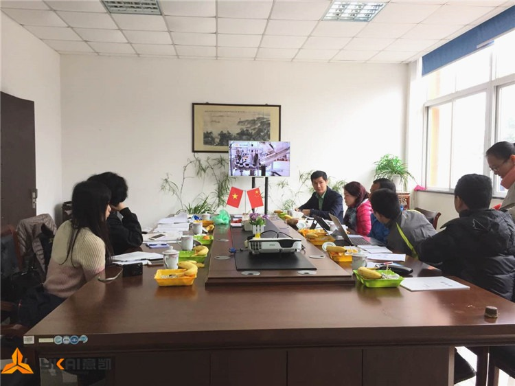 welcome-vietnamese-customer-delegation-comes-to-visit