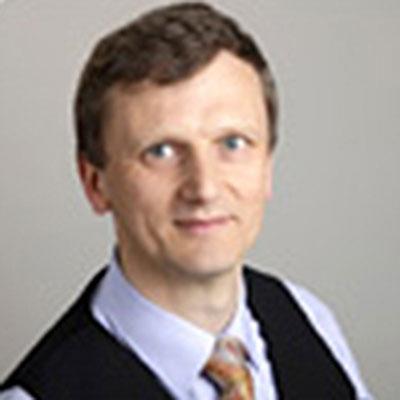 Bastian Broer headshot