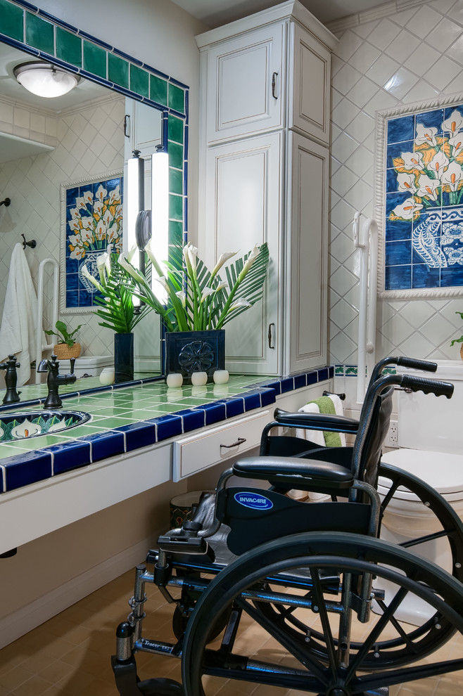 Accessible Bathroom with Pop of Color (6)