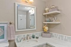 deaver bathroom 004-6