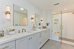 Elegant Master Bathroom (6)