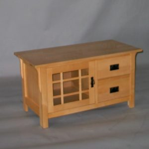 20505-22-R Maple Mission TV Stand 1 door 2 drawers - Natural