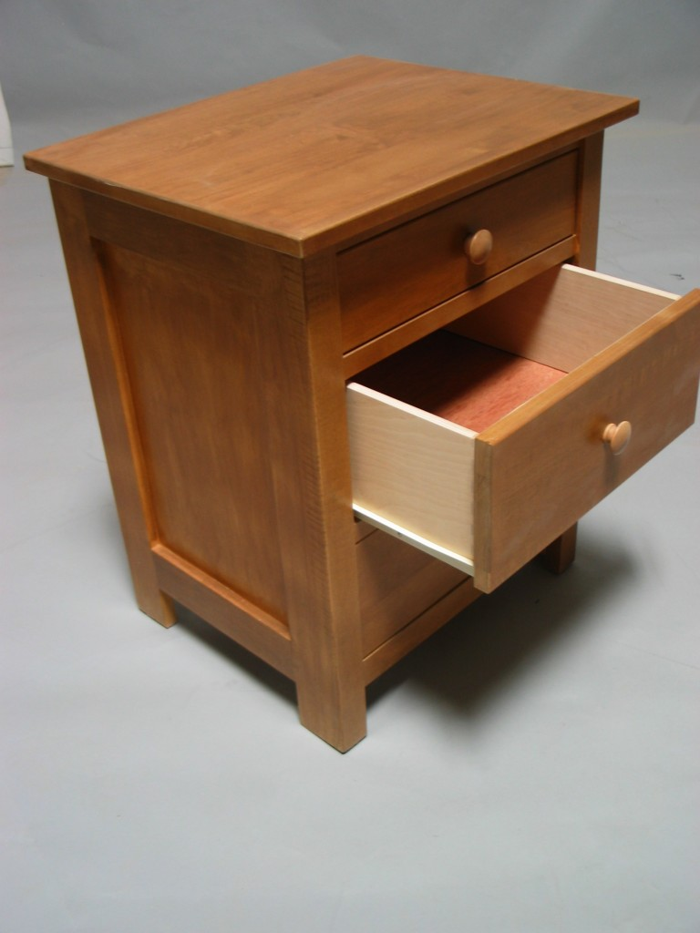 Maple Homestead 3 Drawer Nightstand open - Fruitwood stain 23202
