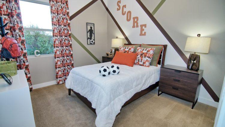 3132SF_Bedroom 2 (Medium)