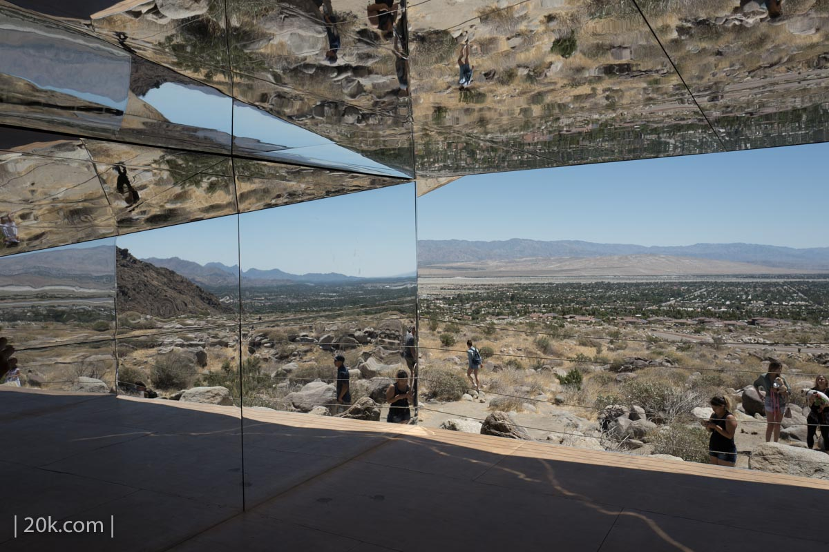 20k-2017-Palm-Springs-Desert-X-Mirage-3