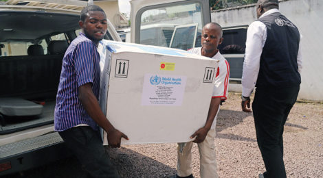 Health Workers Use Experience, Vaccine to Combat Ebola
