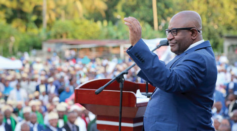 President of Comoros Greets Trained Recruits
