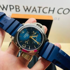 panerai luminor gmt front extended