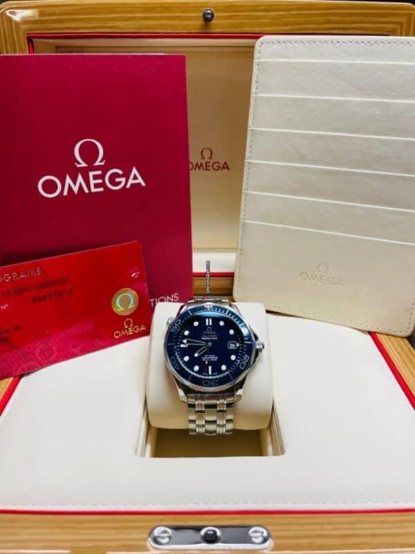 Omega Seamaster Diver Front
