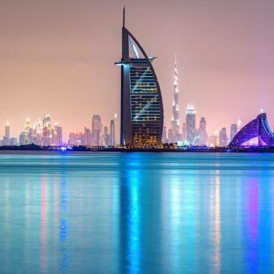 Burj-Al-Arab-from-the-sea-1024x625
